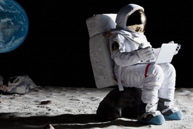 Resultado de imagen para viaje turístico a la luna